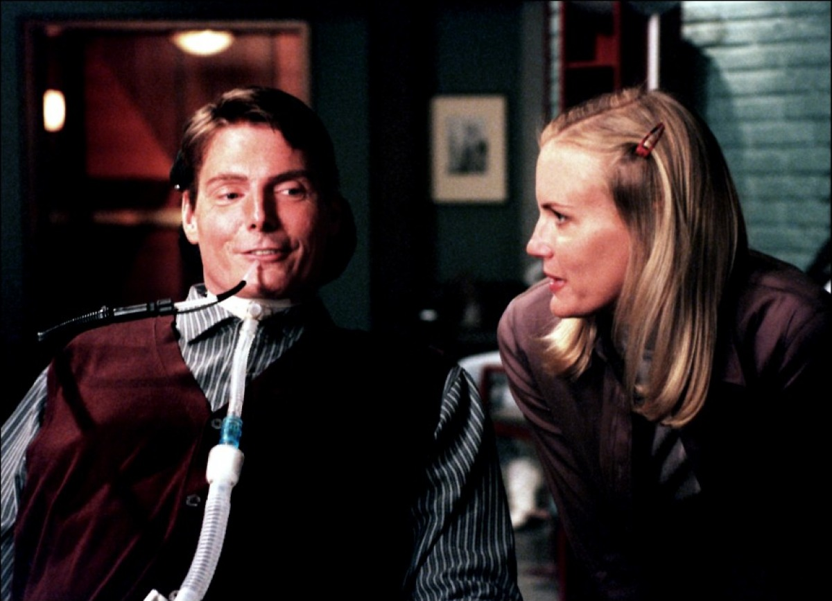 Daryl Hannah and Christopher Reeve in Rear Window 1998