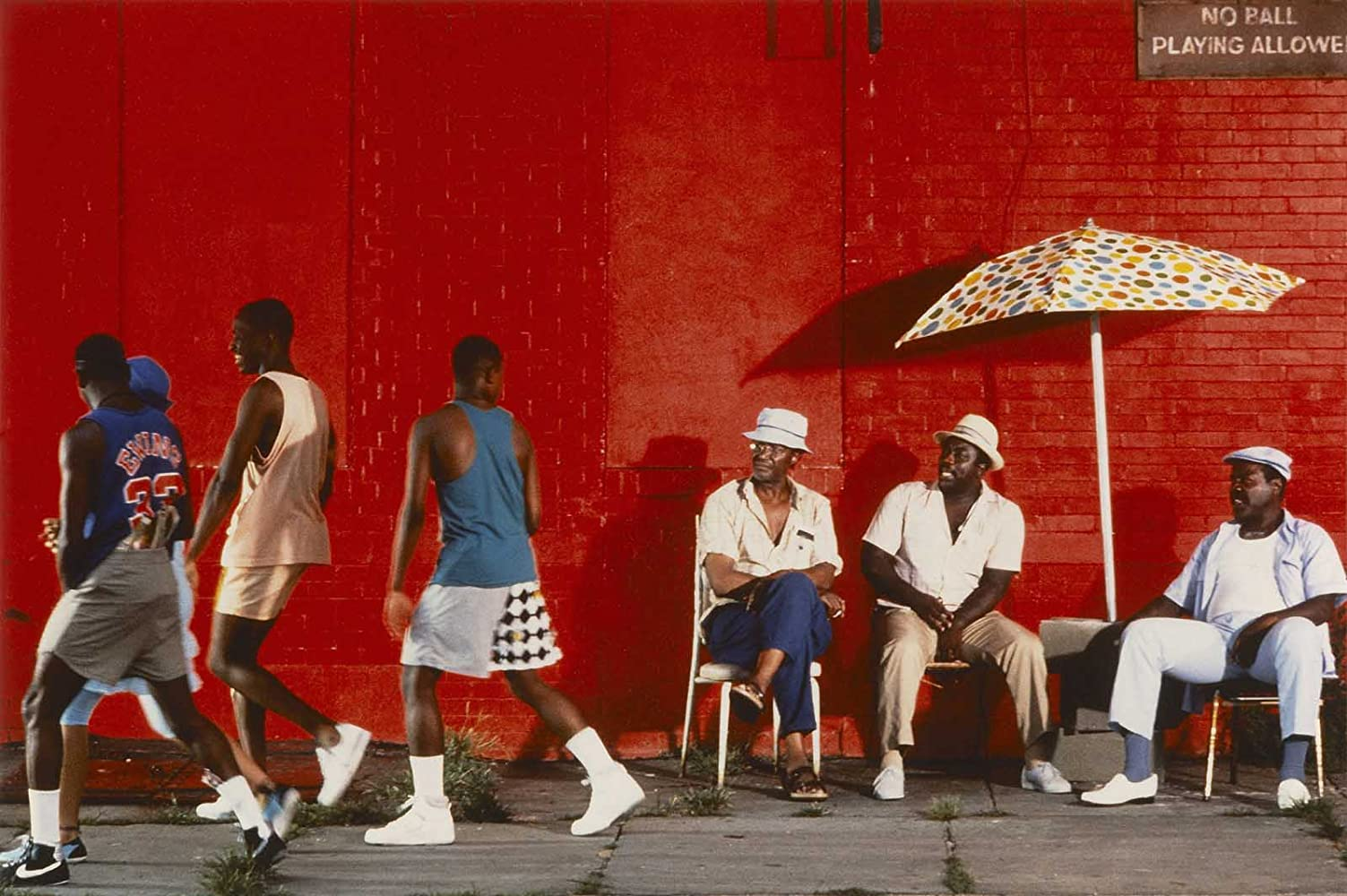 Paul Benjamin Frankie Faison and Robin Harris in Do the Right Thing 1989