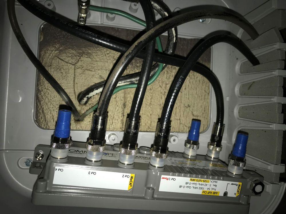 Coax Amplifier Connection.jpg